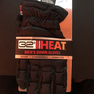 Other - NWT 32 Degrees Heat Mens Size L Touchscreen Gloves